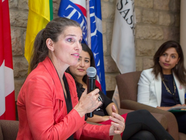 Minister Kirsty Duncan answers questions from audience